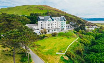 Hotels by the sea in North Wales