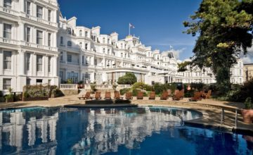 Hotels with Outdoor Pools in Sussex